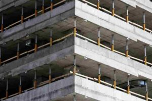 Advantages and Disadvantages of Self Compacting Concrete