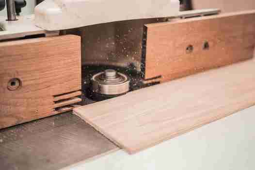 Solid wood vs Plywood, Which is Superior?